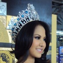 ชุด 2  ช่วยกันโหวต THAILAND - Miss World Asia & Oceania (ตอนนี้ 19.50 น.คะแนน 21.72% - INDO 41.52%)