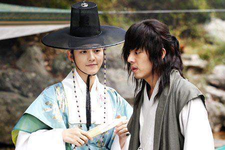 Song Joong Ki หนุ่มเจ้าเสน่ห์
