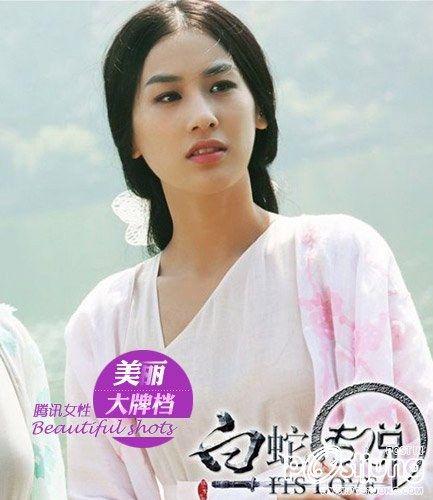 Huang Sheng Yi as Bai Su Zhen (The Sorcerer and th