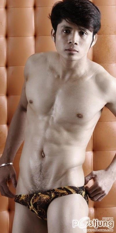 MR. HOT BODIES 2012 SWIMWEAR