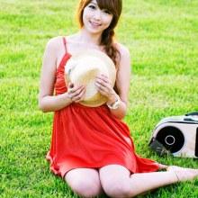 สวยใส Lee Eun Hye in Red Sun Dress