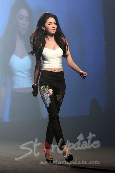 F&F Fashion Show : Summer Collection 2013