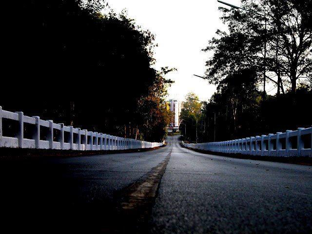 สะพานขาว