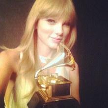 มาส่อง IG ของดารานักร้องระดับโลกกันบ้าง Taylor Swift !
