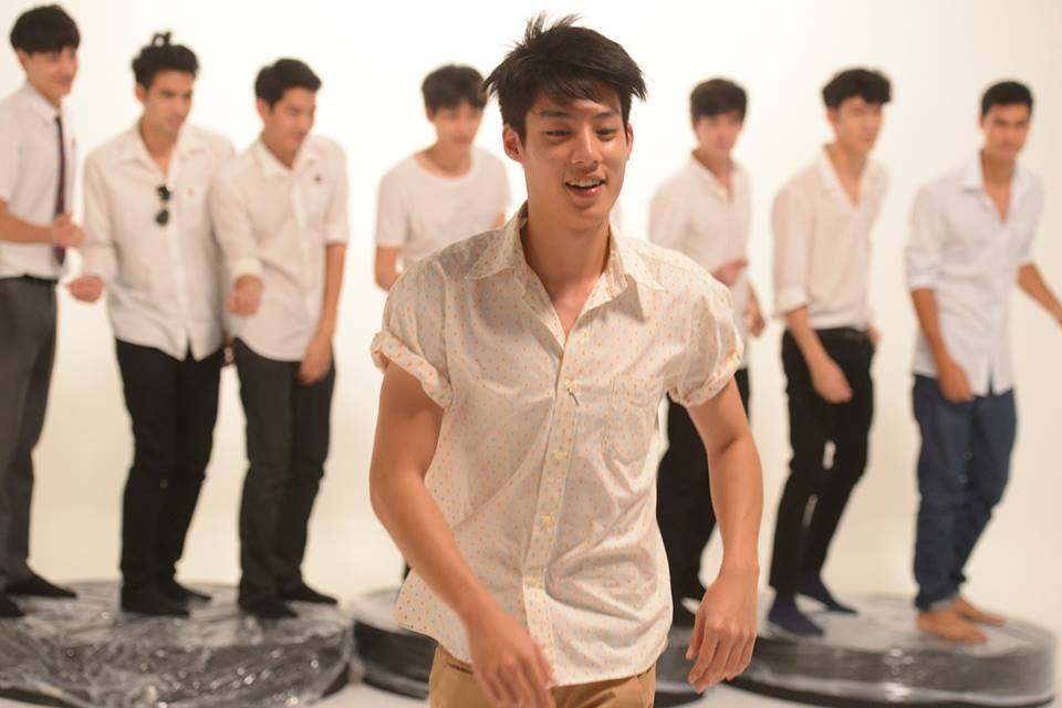 ภาพเบื้องหลัง MV.แค่อยากจะขอ.....xoxo (จีน-กษิดิศ)