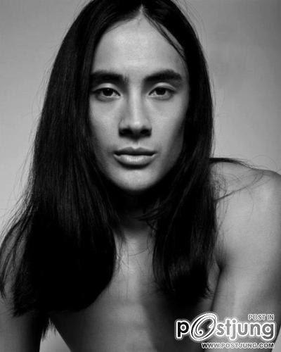 Francis Laneผู้ชายของอ๊อฟ ปองศักดิ์ใน MV เพลง เรื่องจริงยิ่งกว่านิยาย