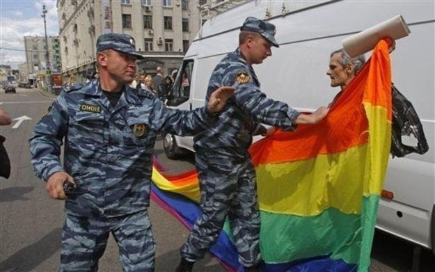 ความรุนแรงจากกลุ่มต่อต้านLGBTในรัสเซีย