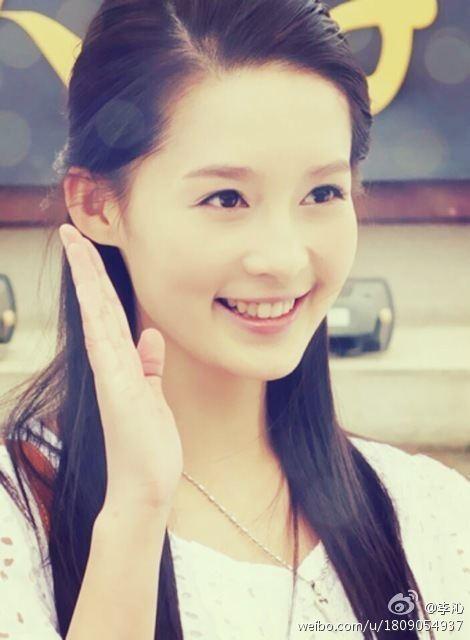 หลี่ชิ่น Li Qin 李沁