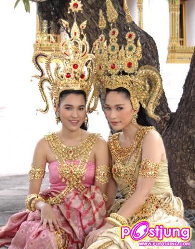 ภาพหาชมยาก  ดาราสาวกับชุดไทย