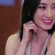 สาวเวียดนามสุดเซ็กซี่ ทำเอาหนุ่มไทยใจเต้นรัว