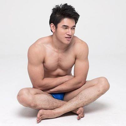 Mos Yaijing
