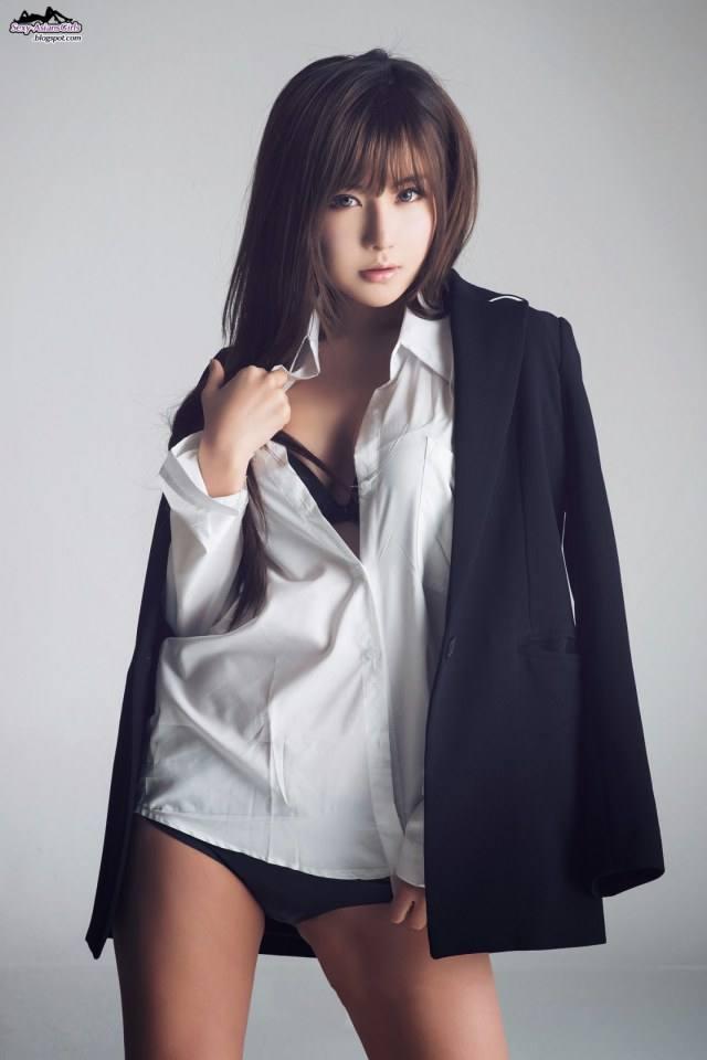 เร่าร้อนไปกับ Ryu Ji Hye