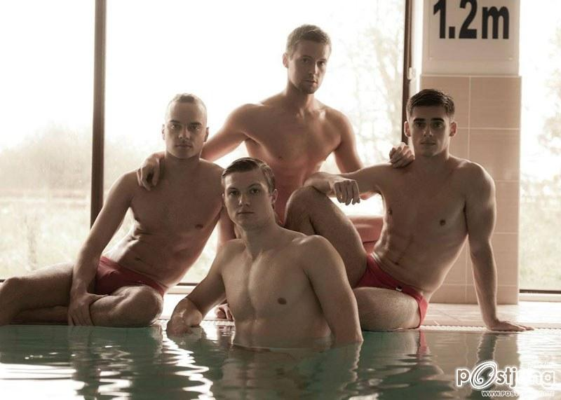 Chris Mears & ทีมนักว่ายน้ำ @ Attitude UK