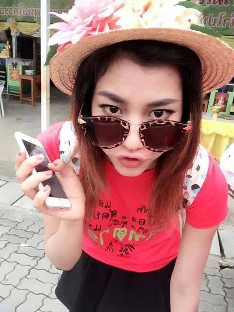 ตลกที่สวยที่สุดในประเทศไทย ตาล เดอะคอมเมเดียน