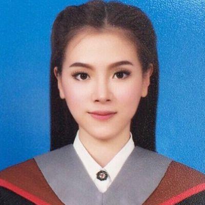 ASEAN IDOL ตัวจริง!! แฟนๆในอาเซียนแห่กดไลค์รูปชุดครุยบัณฑิตในแฟนเพจของ 'ใบเฟิร์น พิมพ์ชนก' กว่า 5 แสนไลค์ในหนึ่งวัน!!