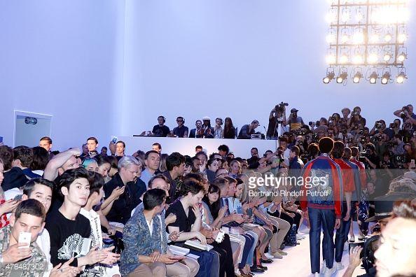 มาริโอ้ เมาเร่อ หล่อ เนี้ยบ นั่งฟร้อนท์โรว์ในงาน Paris Fashion Week - Menswear Spring/Summer 2016