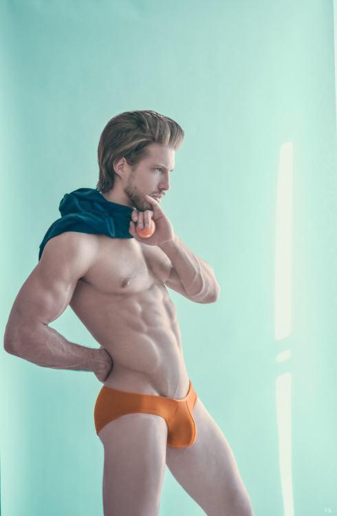Hot Guy in Underwear 9