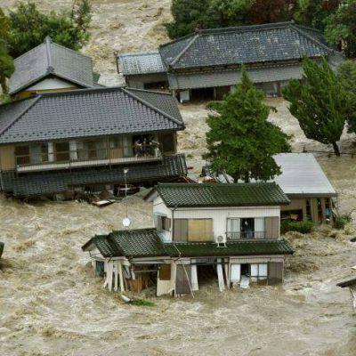 ประมวลภาพพายุไต้ฝุ่น เอตาว' ถล่มตอนกลางและตะวันออกของญี่ปุ่น เสียหายหนัก วันที่ 10-9-2015
