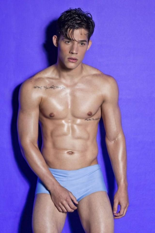 Hot guy in underwear 200