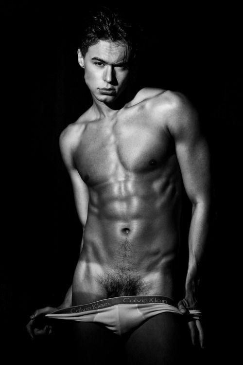 hot male 70 (+18)