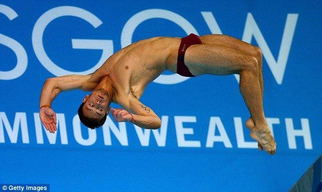 'ทอม เดลีย์' นักกีฬาโดดน้ำโอลิมปิก  เข้าประตูวิวาห์กับแฟนหนุ่มวัย 41ปี