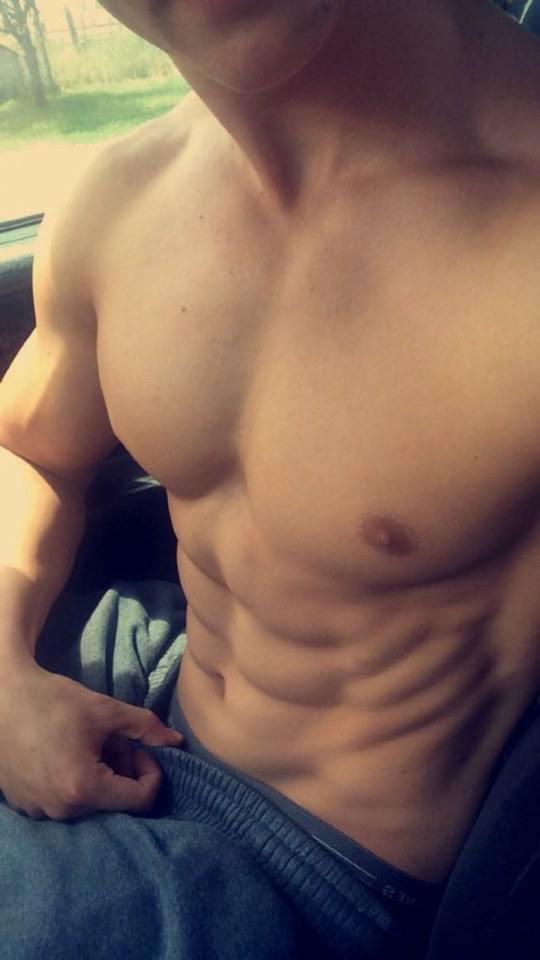 hot male 100 (18+)