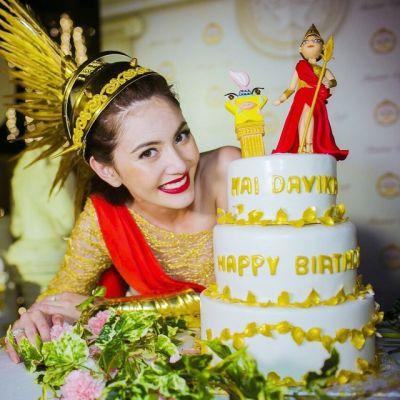 #20เค้กในวันเกิด ดาราคนไหน สวยถูกใจคุณ