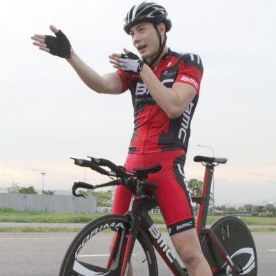 เพจนักปั่นจักรยาน กับชุดปั่นจักรยานฟิตๆ