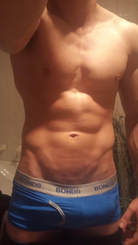 Hot guy in underwear 280