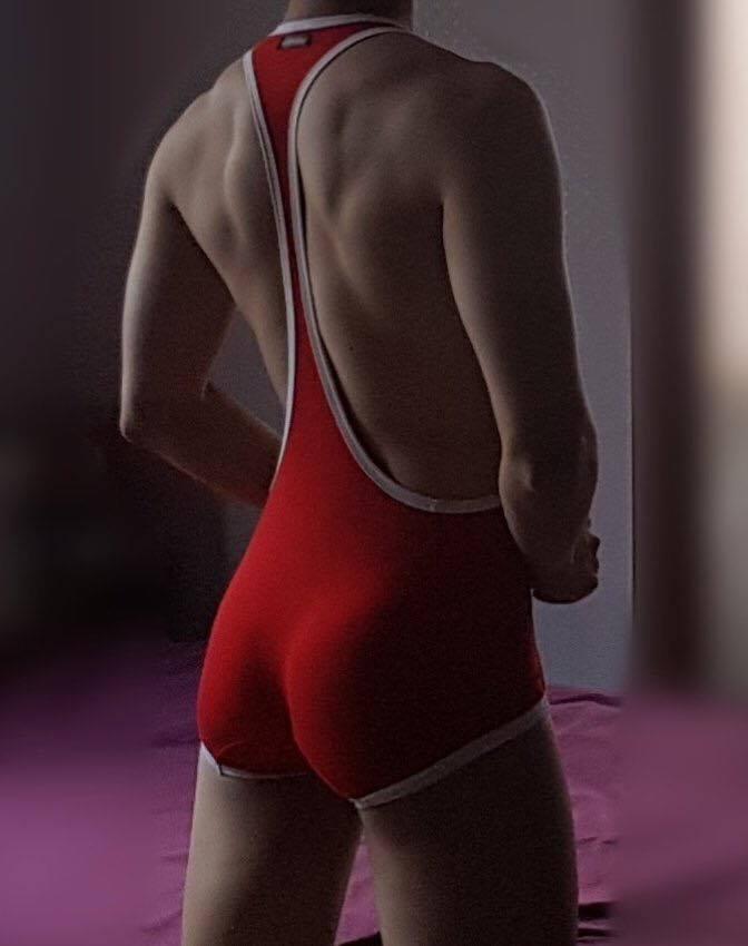 ชุดแดงเซ็กซี่