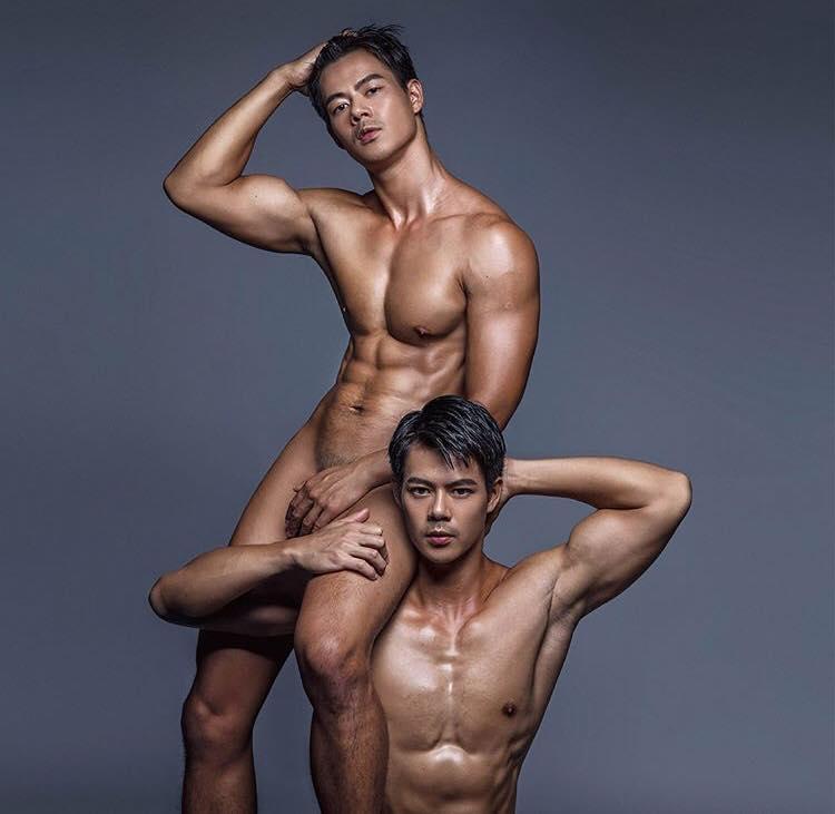ถ่ายแบบเซ็กซี่ by Teddy Tzeng