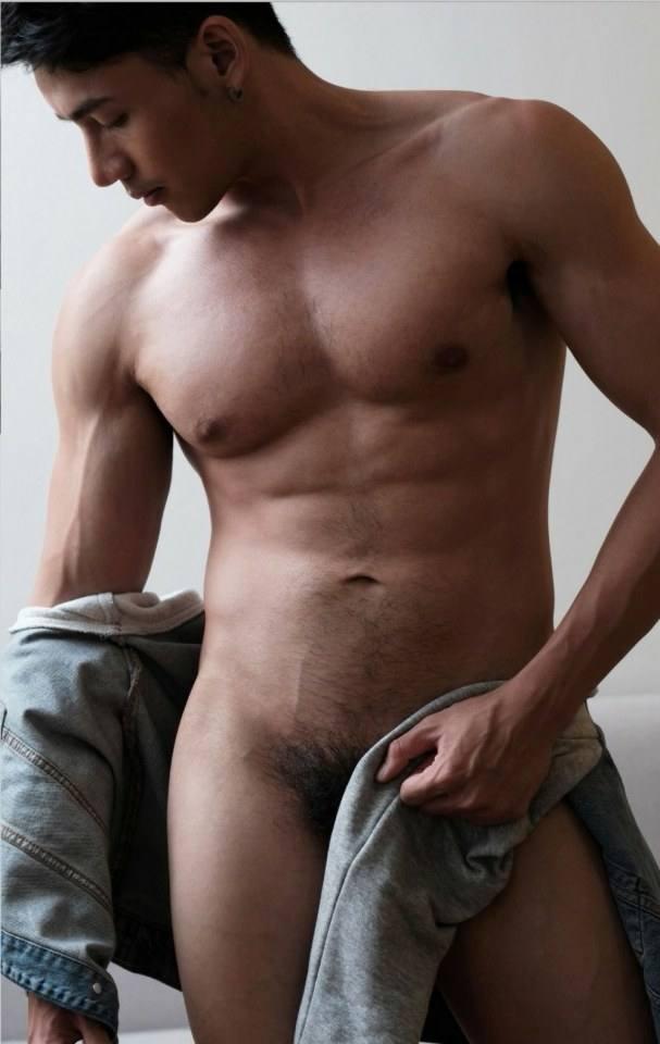 hot male 372 (18+)