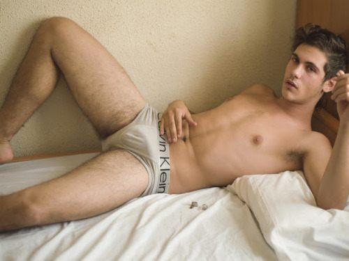 hot male 466 (18+)