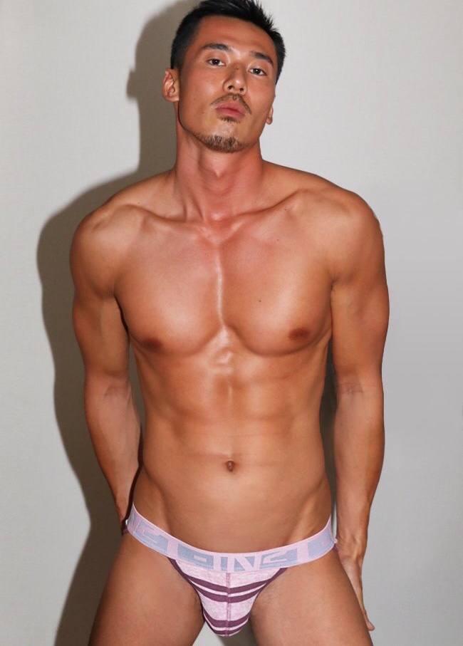 Sexy nudity gay guys 56