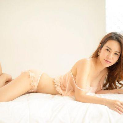 Y'ui ChungChai นางแบบที่สุดยอดลีลาการโพสท่า