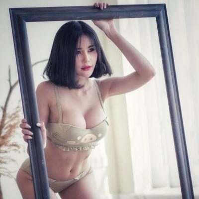 Pichaya Getsiri Cool sexy
