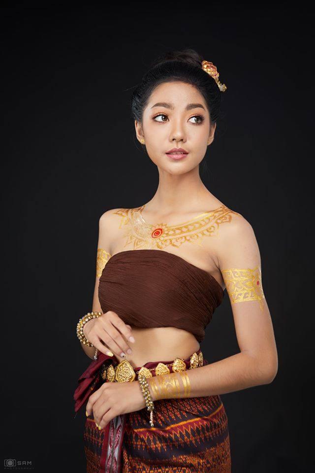 Thai traditional dress, ชุดพื้นเมืองอีสาน