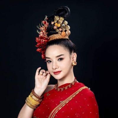 Tai yuan ethnic - Lanna traditional costume, Thailand