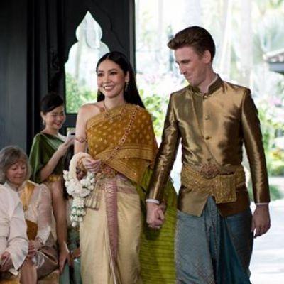 "Thai wedding dress | ""ชุดไทยจันทร์โสมา"""