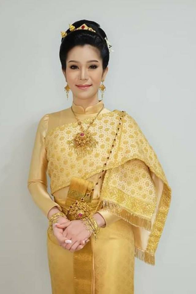 THAI DRESS | ชุดไทยศิวาลัย, Thailand.