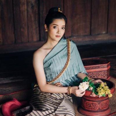 Tai Yuan ethnic | Lanna traditional costume, Thailand