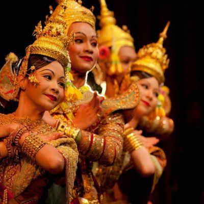 Khon  จองถนน  masked dance drama in Thailand