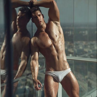 Hot men in underwear 450