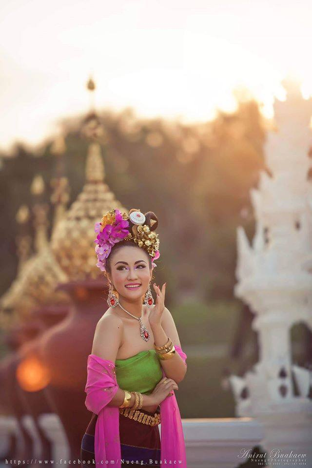 Thai Traditional Dress Portrait 🇹🇭