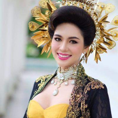 Thai Traditional Dress Portrait 🇹🇭 (๓)
