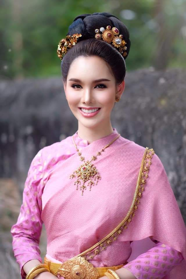 Thailand 🇹🇭 | Thai Traditional Dress