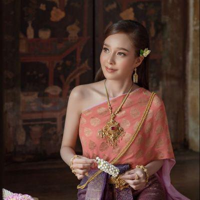 Thailand 🇹🇭 | Thai costume of Ayutthaya kingdom