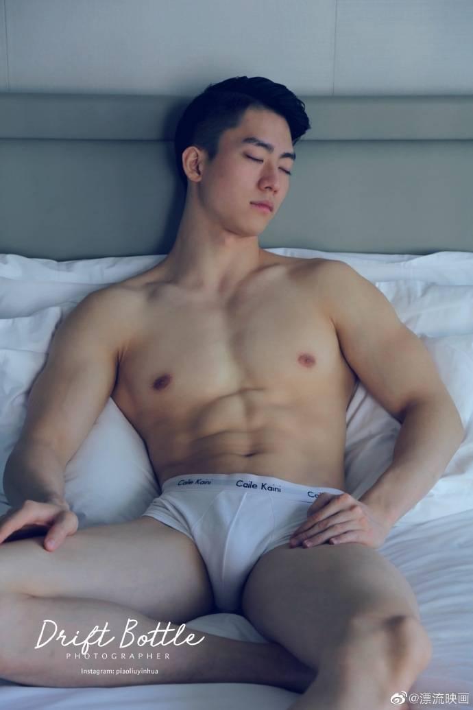Hot men in underwear 482