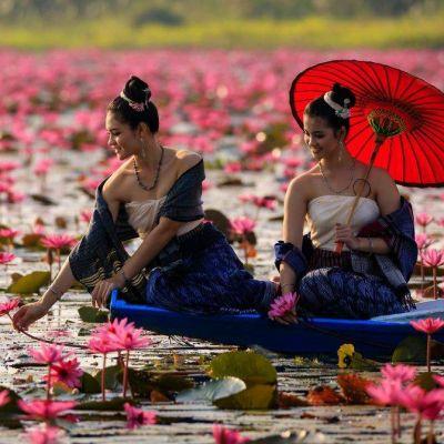 THAILAND 🇹🇭 | Isan traditional costume @ ทะเลบัวแดง อุดรธานี