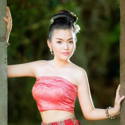 THAILAND 🇹🇭 | Isan traditional costume - การแต่งกายภาคอีสาน✨